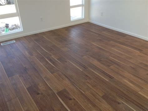 mannington s sawmill hickory in the restorations collection the look of sawn hickory hardwood