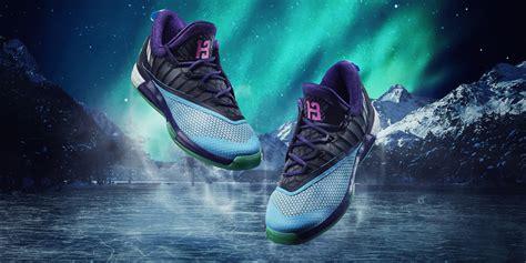 Sepatu Basket Sepatu Basket Adidas D Lillard 3 Oreo Wolf Grey new tksb thread kolektor sepatu basket page48 kaskus