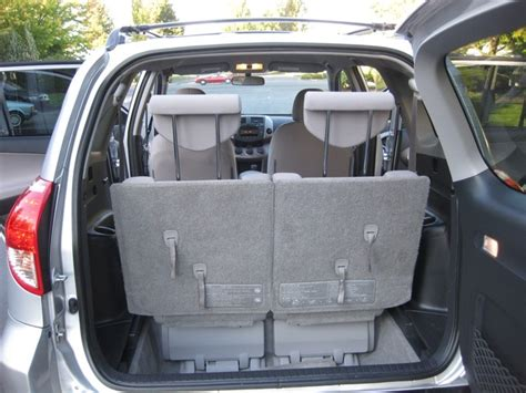 Toyota Rav4 Seats How Many by 2007 Toyota Rav4 4wd 4 Cyl Auto 7 Passengers 3rd Row