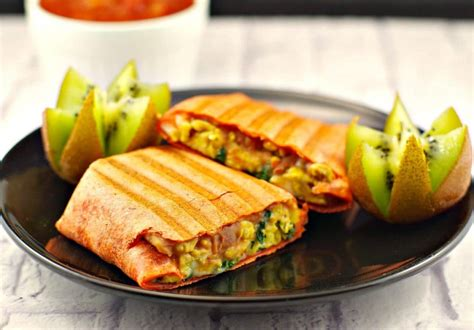 healthy mediterranean breakfast burritos freezable food