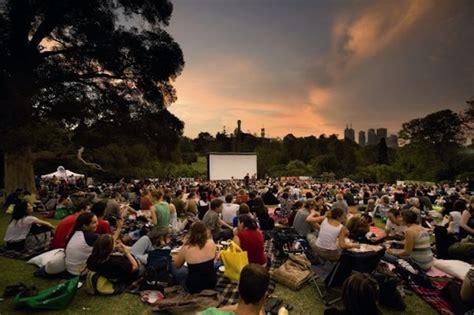 Moonlight Cinema Melbourne Botanical Gardens Outdoor Cinemas This Summer In Melbourne Melbourne