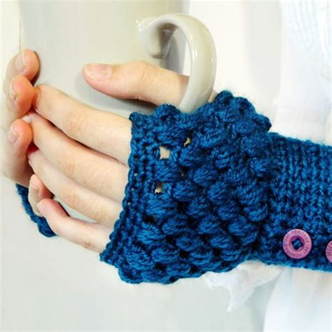 Stitch Handwarmer diy crochet handwarmer patterns 7 free designs