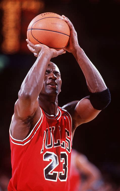 michael jordan 35 blind free throw michael jordan 50 greatest moments