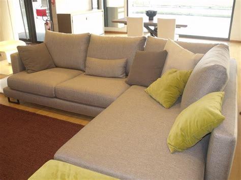 divani divani outlet divano con penisola valmori prezzi outlet