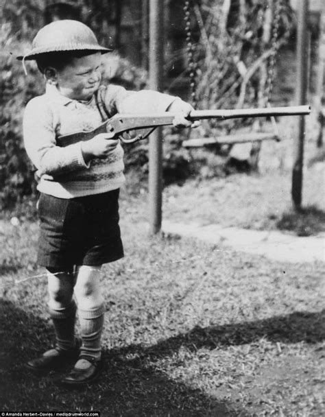 Child In The War images show children s lives during second world war