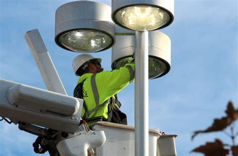 parking lot light repair lighting maintenance inc parking lot lighting