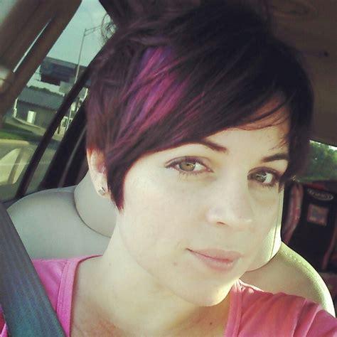 hi lites on short hair purple hi lites in short hair hairstyles pinterest