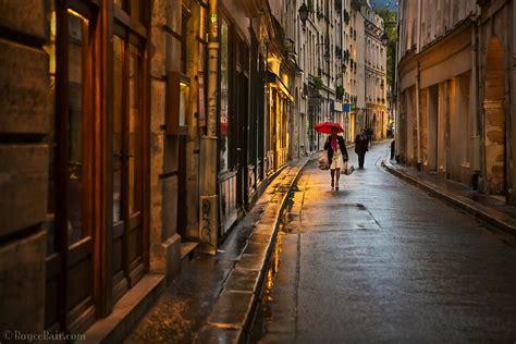 rainy night  paris street scene  captured  scene