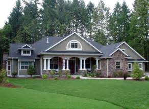 Craftsman Country House Plans by Colonial Country Craftsman House Plan 87646