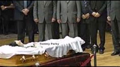 troy gentry funeral open casket