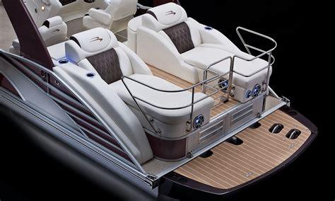 bennington pontoon boat helm q25 io sport arch pontoon boats