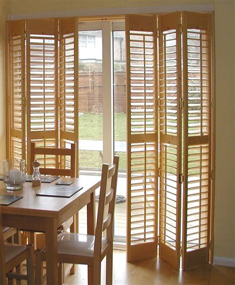 Shutter Blinds For Patio Doors by Apartment Patio Blinds An Easy Way To Hide Vertical