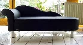 hunde ottomane sofas