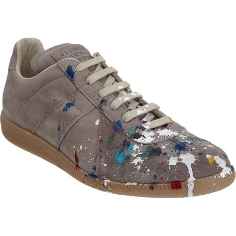 paint splatter sneakers mmm paint splatter sneakers the awesomer