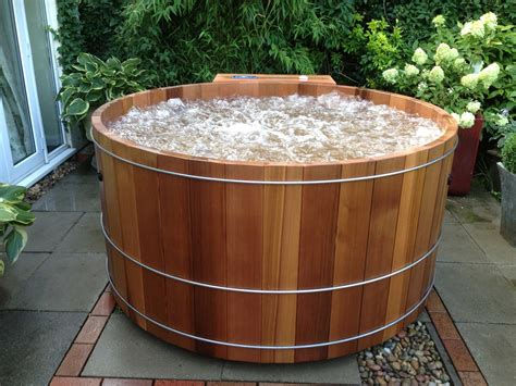 wood hot tub cedar canyon model terete hot tubs