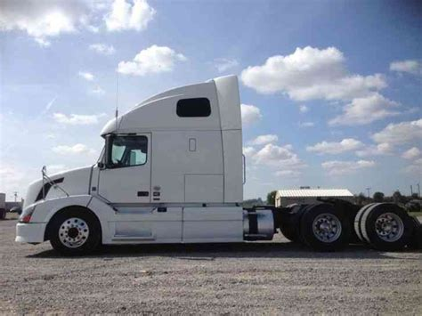2012 volvo big volvo vnl 670 2012 sleeper semi trucks