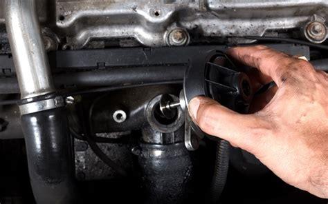 egr en inlaatsysteem reinigen met motorvac goedkoper en beter  vernieuwen