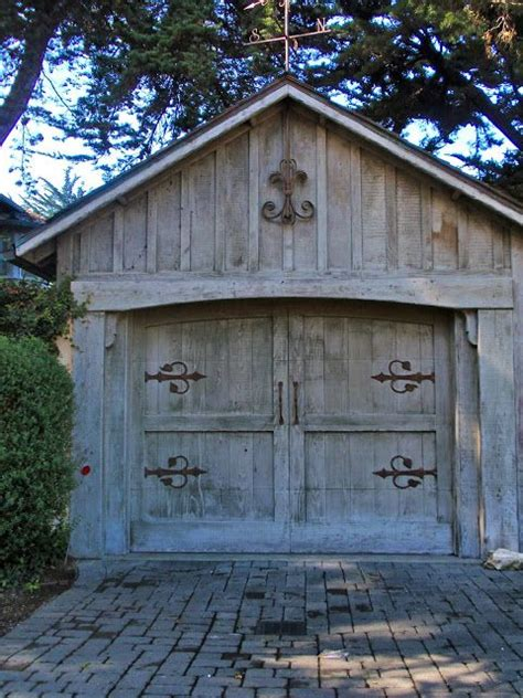 1000 ideas about carriage house 1000 ideas about carriage house garage on carriage house garage doors garage doors