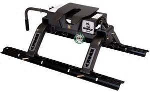 A Towing Products Husky 16k S Tilt Plate Fifth Wheel Hitch