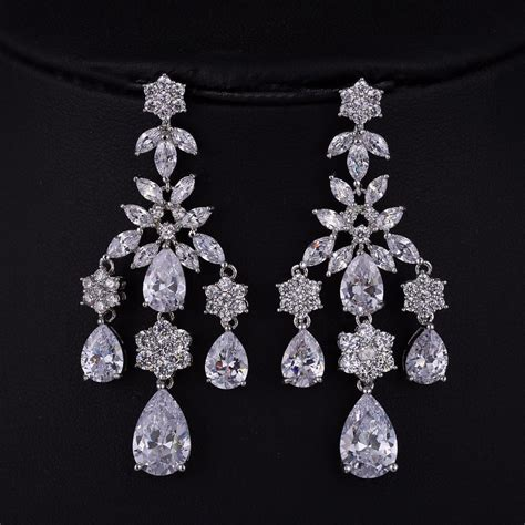 drop chandelier earrings bridal chandelier earrings austrian chandelier