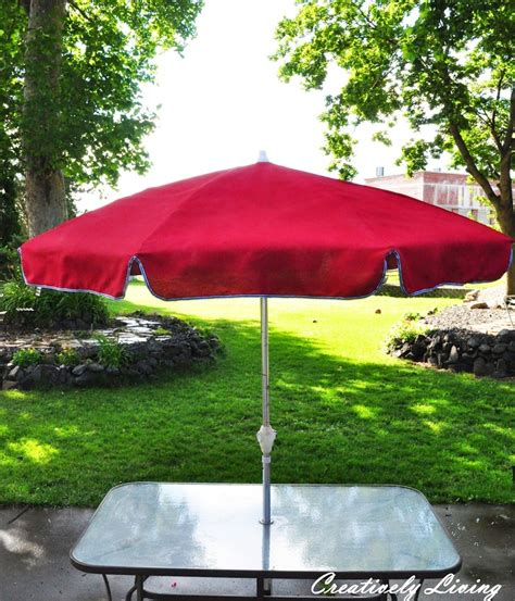 spray paint umbrella to make it look like new again