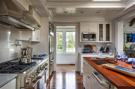 Teh Bandulan By H O W Kitchen steward of design hgtv home 2015