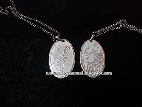 Kalung Nama Mahkota Monel Silver Perhiasan Nama Silver kalung foto pahat nama casare monel jepara 085225716666 08562744036