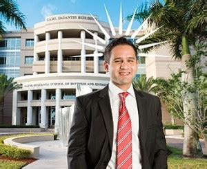 Huizenga Mba by Huizenga Business School To Offer Mba Classes In Fort
