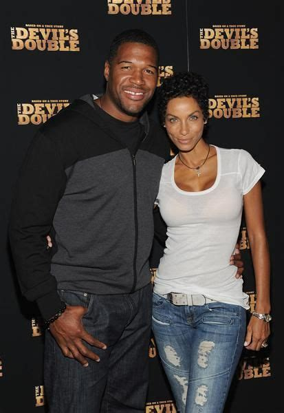 are nicole murphy michael strahan eloping 237 best images about michael strahan on pinterest