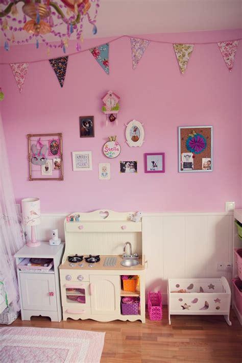 cuarto infantil ni a habitaci 243 n en rosa para una ni 241 a con muebles de ikea