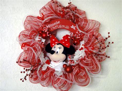 diy corona navide a de mickey mouse mickey s christmas wreath corona navide 241 a minnie mickey mimi disney decoraci 243 n
