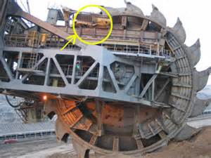 largest in the world the largest land vehicle in the world 171 twistedsifter