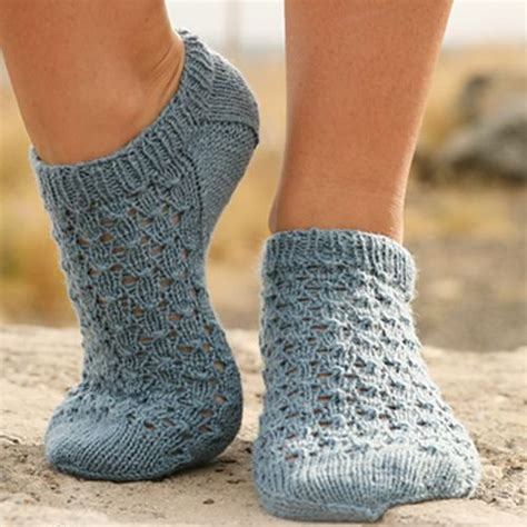 knitted ankle socks patterns free 1890 best knitting patterns socks slippers images on