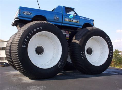 wheels bigfoot monster truck letourneau over land train 1552x1024 machineporn