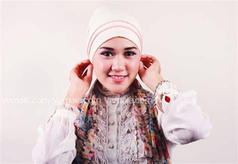 tutorial hijab turban dengan aksen bunga ajaran agama islam tutorial jilbab syar i nan modis brekelesix s blog