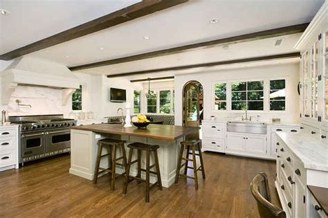 Find Your Home Decorating Style Quiz by White Kitchen With Beamed Ceilings Hooked On Houses
