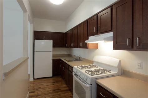 2 bedroom apartments for rent in jamaica queens richmond hill housing 127 03 jamaica ave progressive