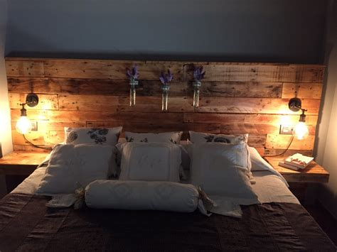 pallet headboard with lights bedroom design ideas