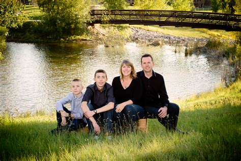 Outdoor Family Portraits by Image Gallery Outdoor Family Portraits