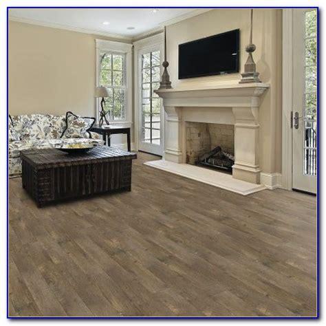Select Surfaces Laminate Flooring Barnwood   Flooring