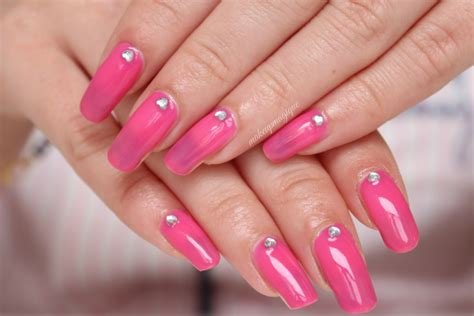 Steps To A Diy Manicure by Diy Gel Nails Easy Steps To Gel Manicure At Home