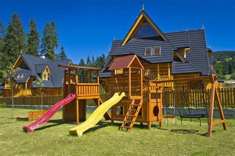 unique backyard playsets 30 amazing imagination sparking playgrounds public and