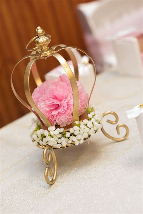 royal crown centerpieces 25 best ideas about princess birthday centerpieces on princess birthday