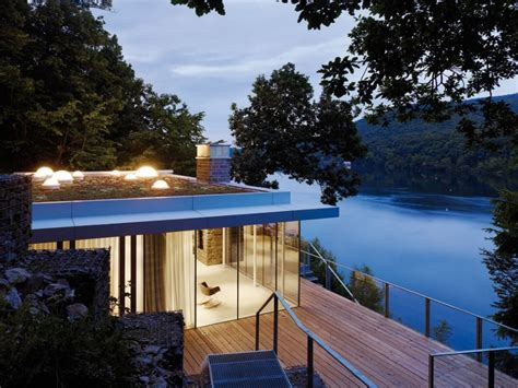 panoramic views the lake and openness lake house in