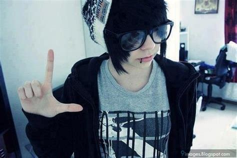 emo hairstyles with glasses emo boy hairstyle glasses cute fashion