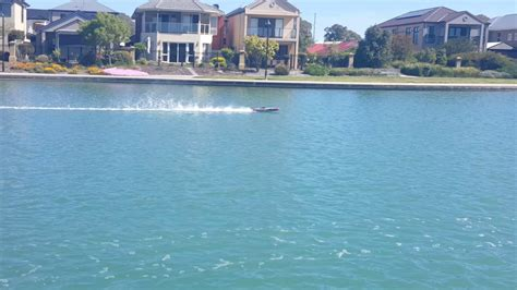 traxxas fastest boat traxxas m41 rc boat worlds fastest 101kph youtube