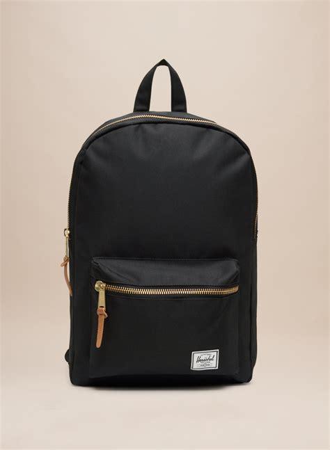Backpack Herschel herschel supply settlement backpack aritzia