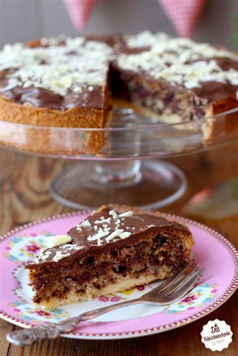 schokoladen kirsch kuchen schokoladen kirschkuchen die feinschmeckerin