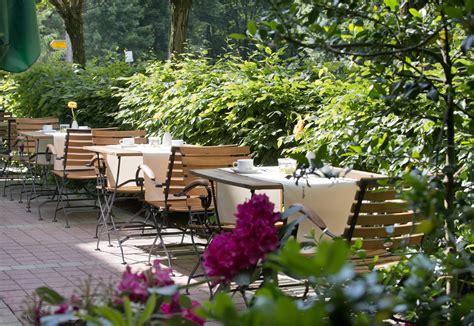 Garden Suites by Wyndham Garden Potsdam Hotel Restaurant Mit Terrasse