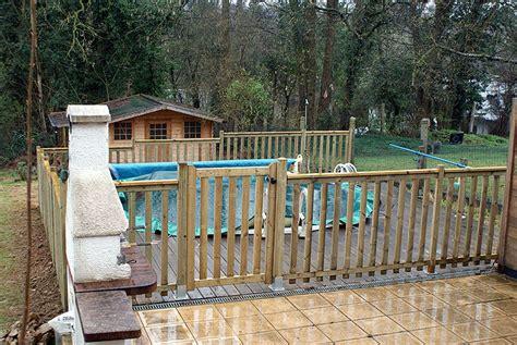 cloture piscine en bois nivrem barriere piscine terrasse bois diverses
